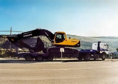 Transporte de excavadora en góndola